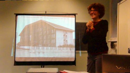 Maria Luisa Barelli tiene la sua lezioni sull'architettura del quartiere - 27/12/2018