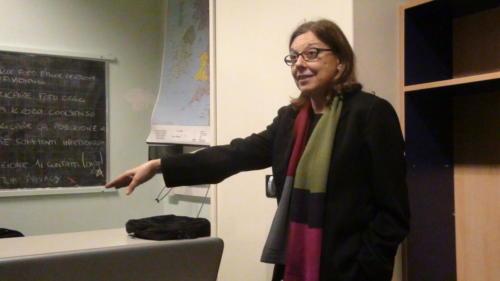 Paola Gregory tiene la sua lezione sui bei comuni -11/12/2018